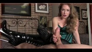 Dirty talking Mom Cock Play – Join Free at MOISTCAMGIRLS.COM